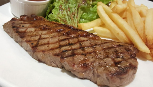 Menikmati Sensasi Steak di Willie Brothers