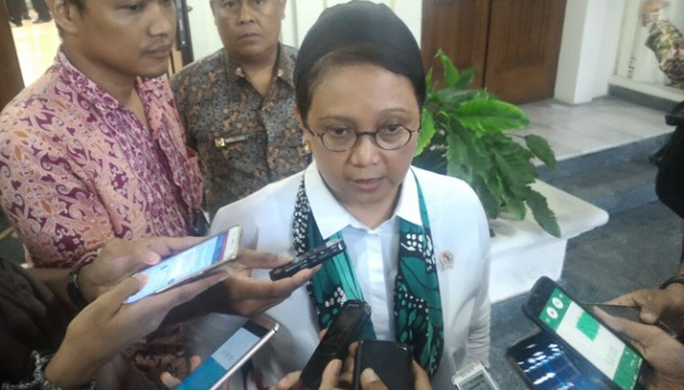 Two Indonesians Held in Sulu: Foreign Minister