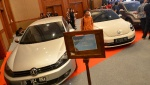 KPK Auctions Confiscated iPhone, Jaguar